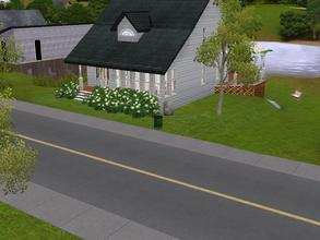 Sims 3 — Beautiful Beach front property by charmedtink — This 2 bed, 2 bath beach house is great for that Bacholare or