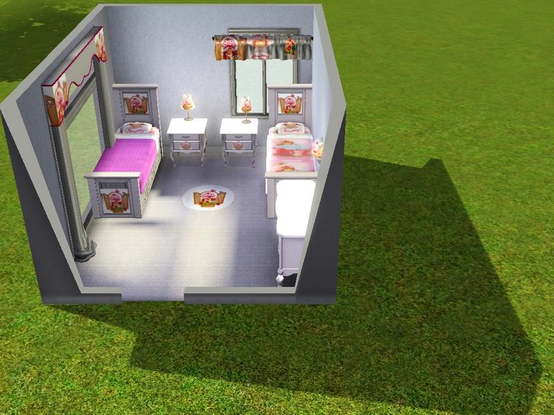 . MandySA3 s Strawberry Shortcake bedroom set