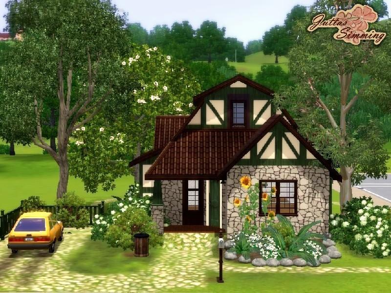 Juttaponath 39 s tiny tudor starter home for Small tudor homes