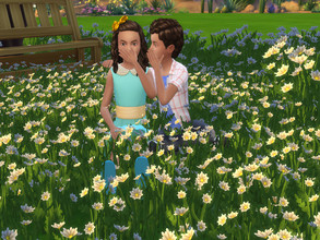 Sims 4 — [Lukey] Can you keep a Secret - Pose kids  by LukeyBecker97 — Pose with two kids [it's my first pose pack]